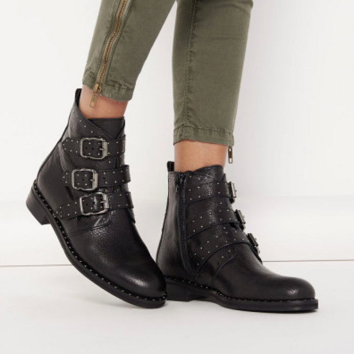 Black studs boots buckles