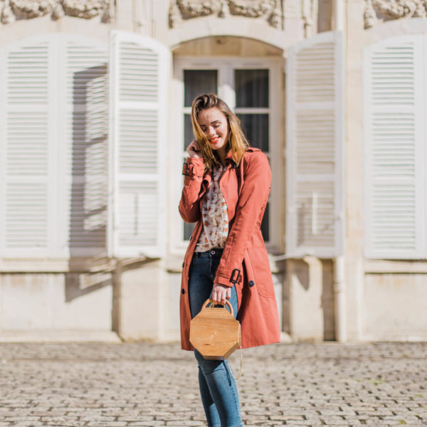 A Floral And Romantic Spring Outfit
